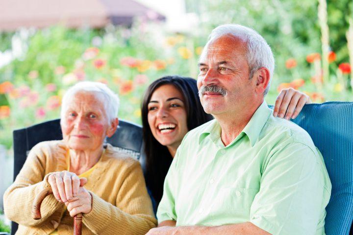 Personnes âgées et leur fille